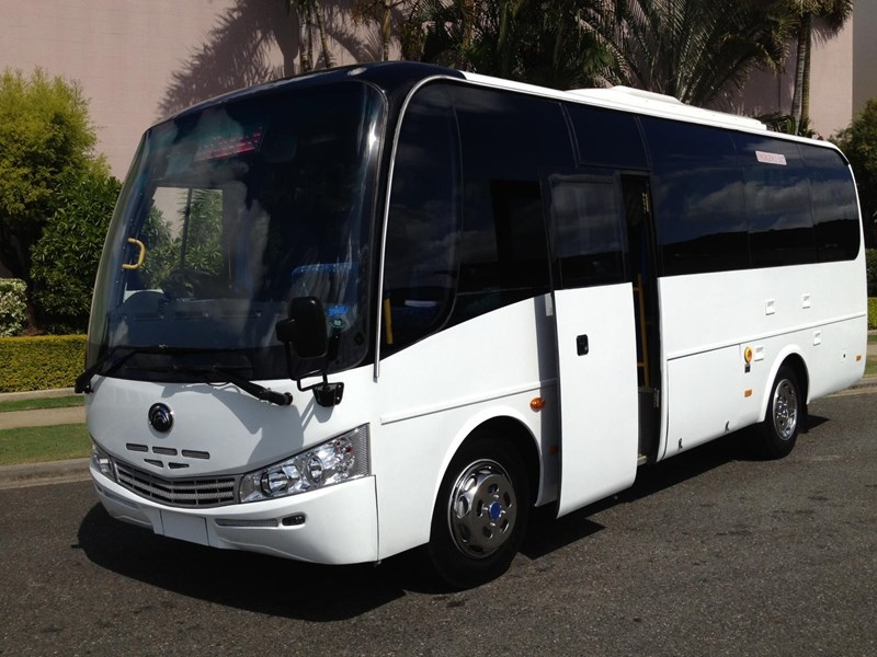 yutong 27 seat mine bus 619275 003