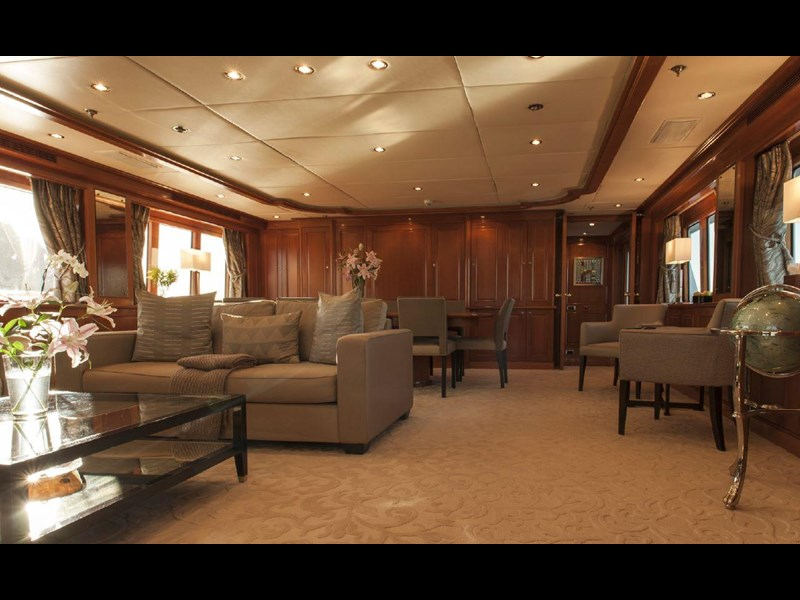 kingship full displacement motor yacht 621773 021