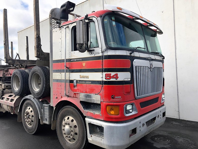 international 9800i eagle 623407 009