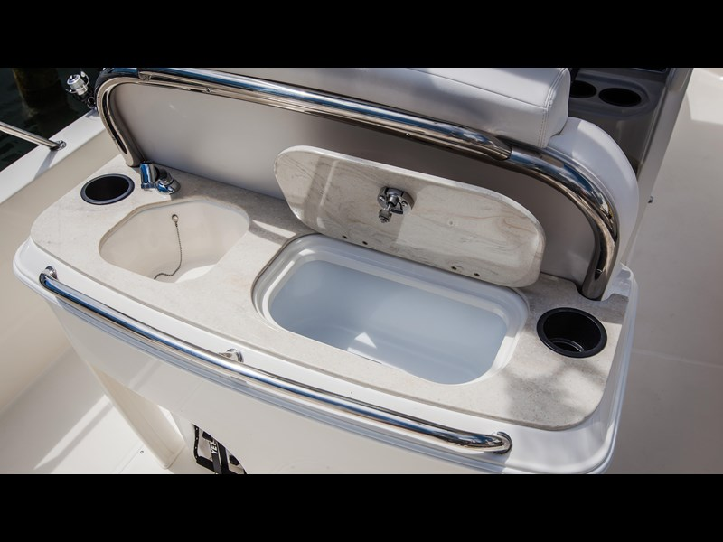 boston whaler 270 dauntless 294226 045