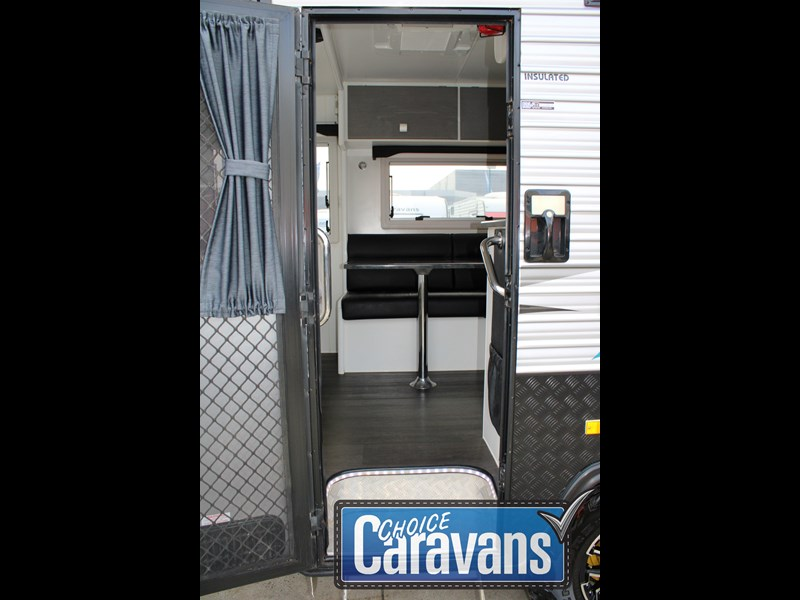 retreat caravans montague - fraser 180c 625446 021