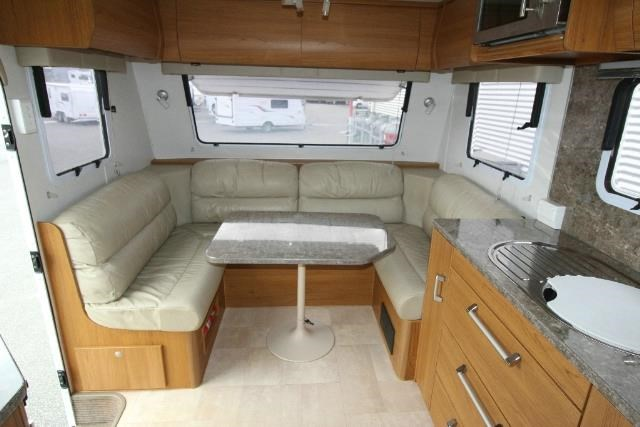 jayco sterling outback 625839 009