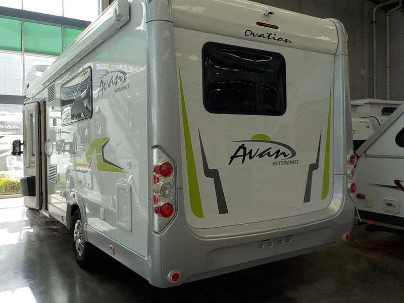 avan ovation m7 626677 007