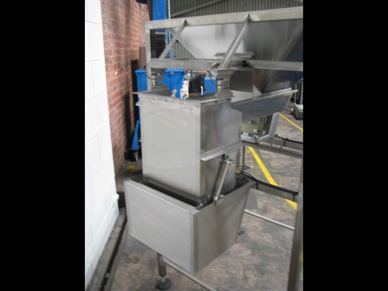 stainless steel semi-automatic hopper weigher bagger 628697 003