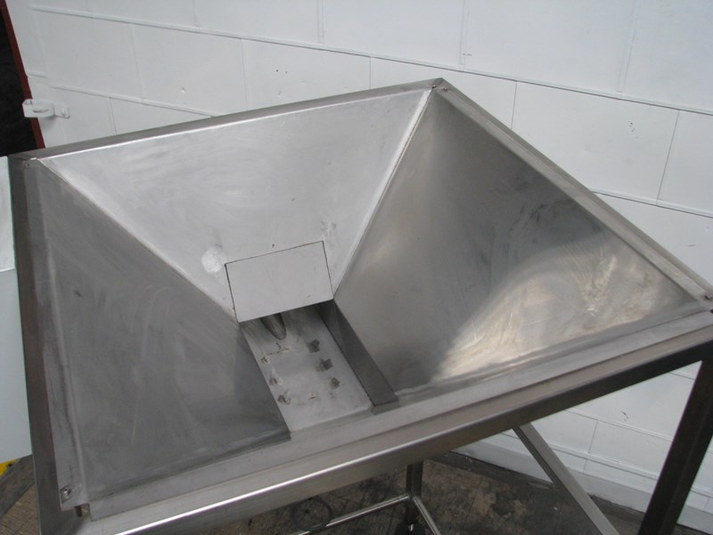 stainless steel semi-automatic hopper weigher bagger 628697 009