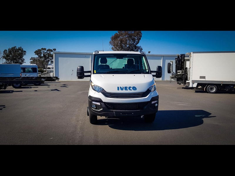 iveco unknown 633720 019