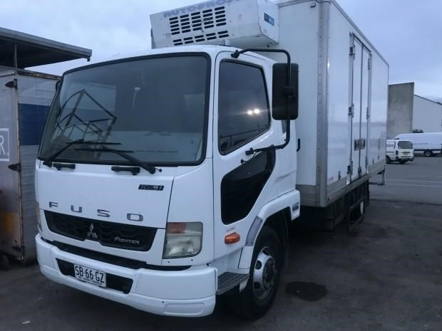 fuso fighter 1024 634131 003