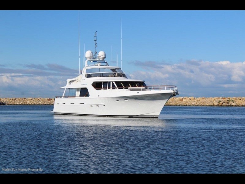 mcmullen and wing expedition motor yacht 635407 009