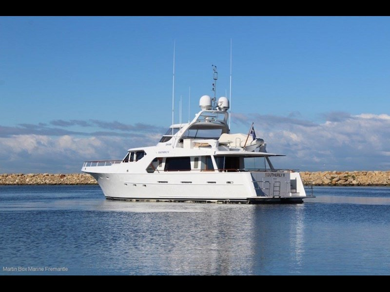 mcmullen and wing expedition motor yacht 635407 021