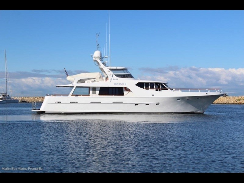 mcmullen and wing expedition motor yacht 635407 013