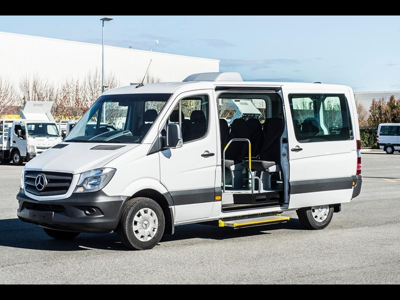mercedes-benz sprinter 635522 003