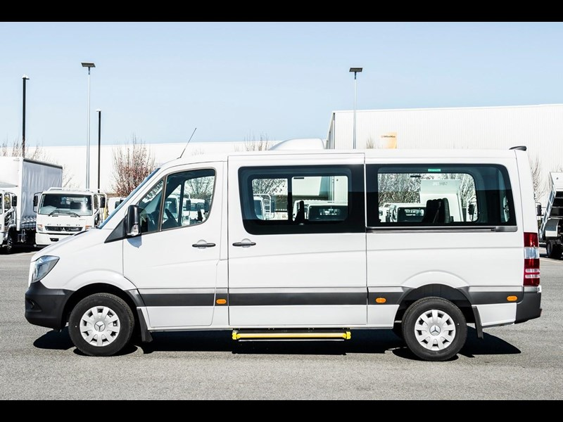 mercedes-benz sprinter 635522 009