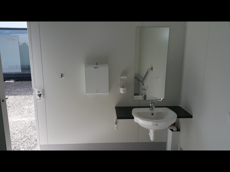 gb mcgregor 3.0m x 3.0m disabled ablution 637666 003