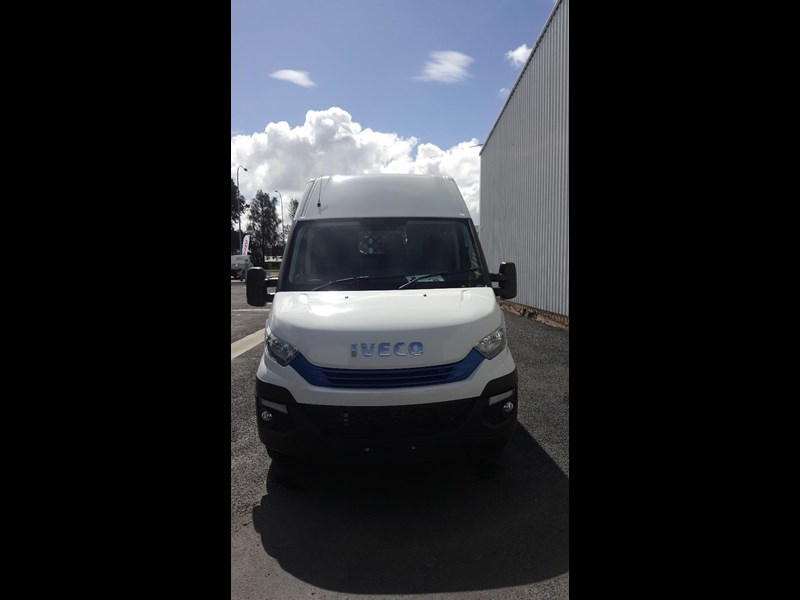 iveco daily 35s17a8 638454 023