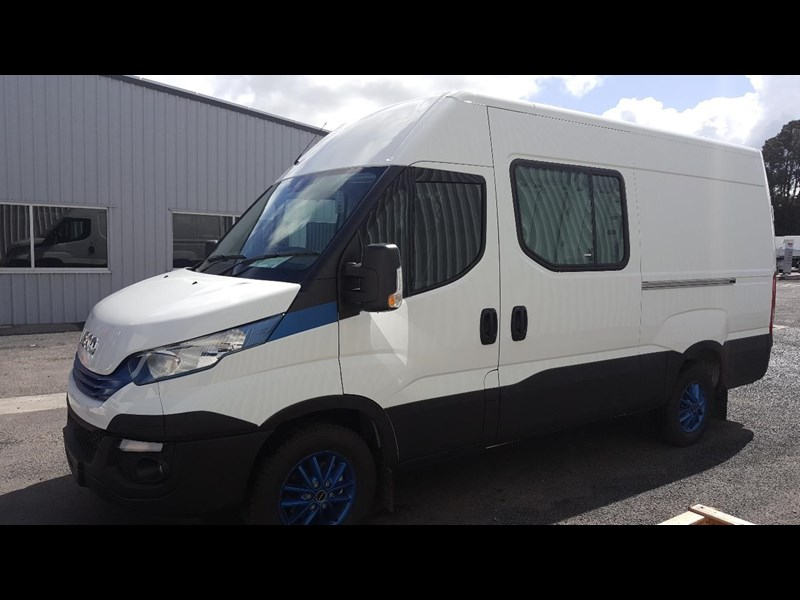 iveco daily 35s17a8 638454 003