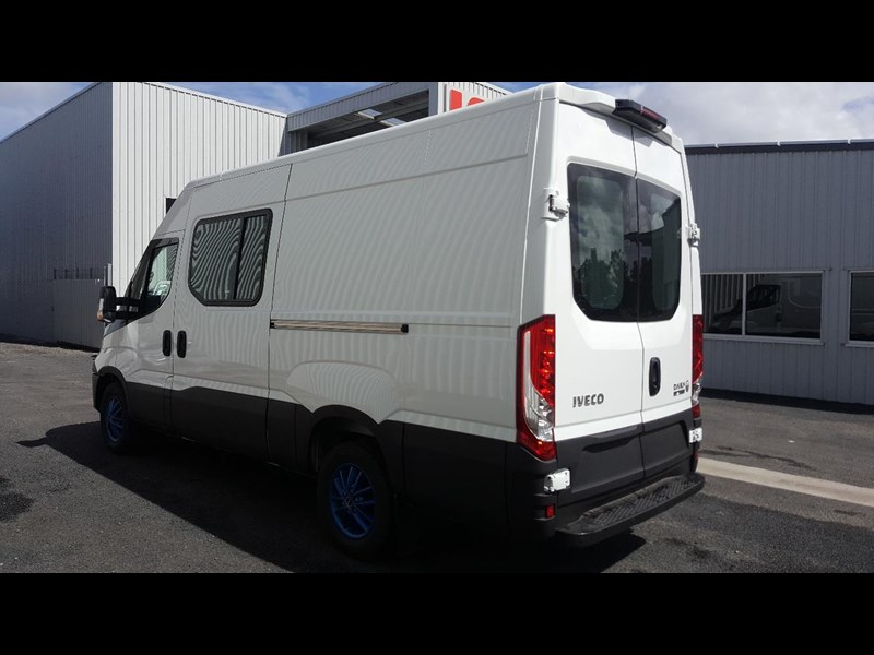 iveco daily 35s17a8 638454 005