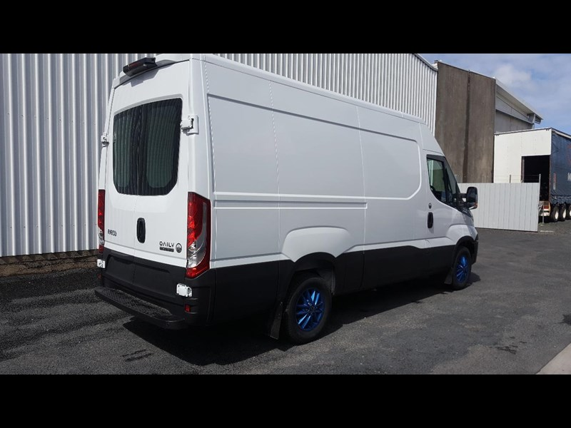 iveco daily 35s17a8 638454 037