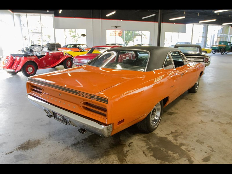 plymouth road runner 536401 011