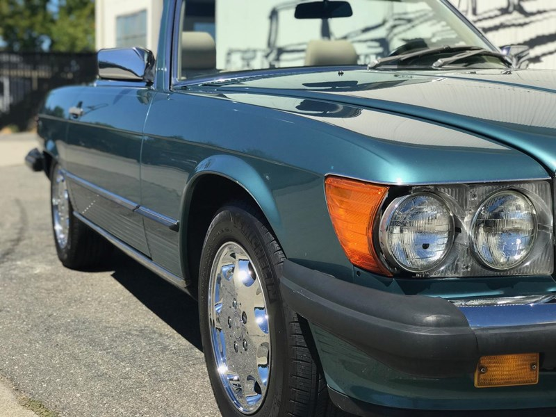 mercedes-benz 560sl 636868 035