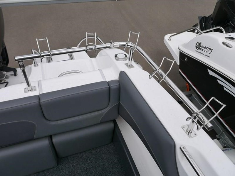 revival r640 offshore hard top 639431 011