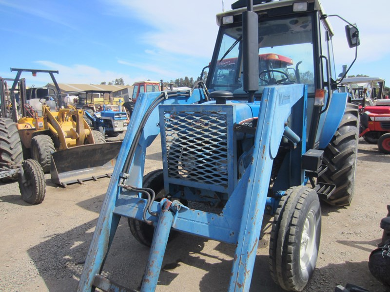ford 4630 tractor with front end loader 609724 011