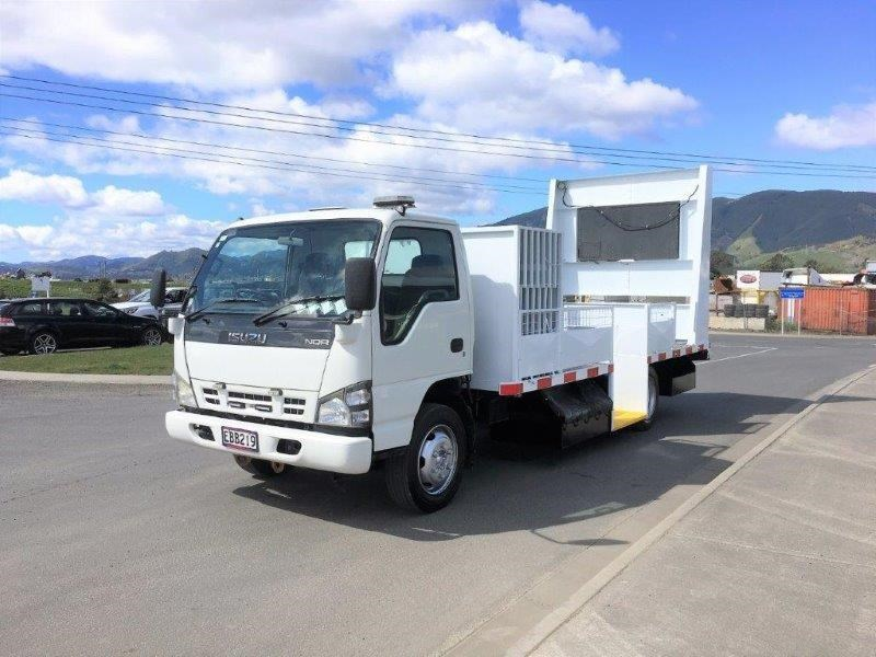 isuzu n series 640516 001