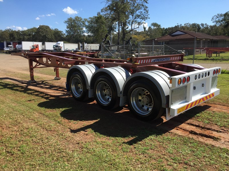 maxitrans skeletal trailer 641423 007