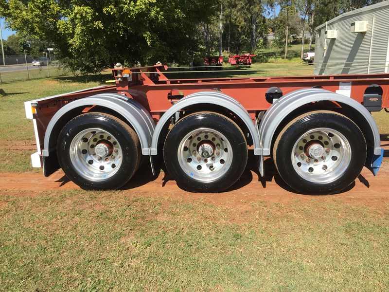 maxitrans skeletal trailer 641423 013