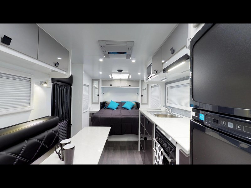 eden caravans sirocco family semi off-road 513729 023