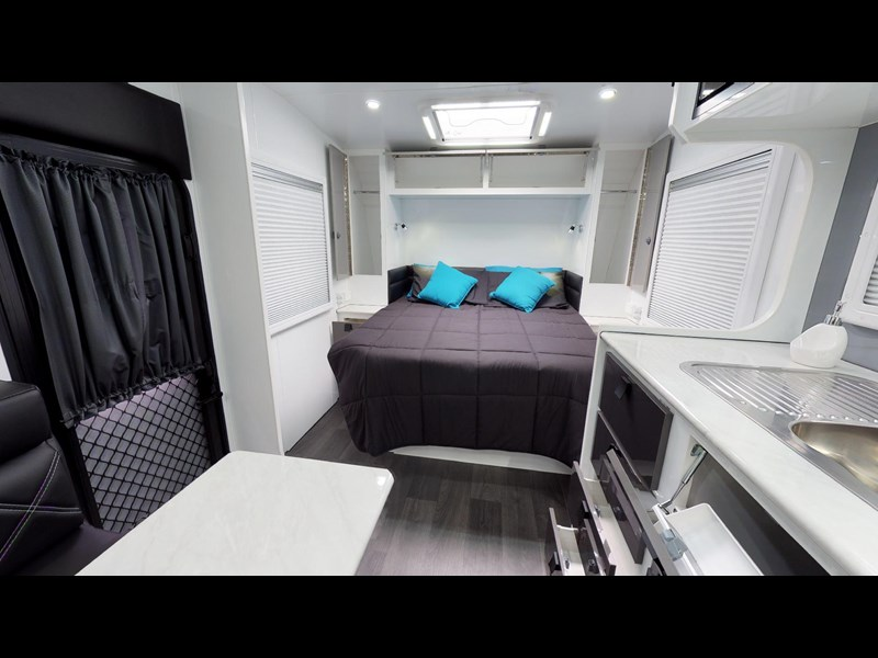 eden caravans sirocco family semi off-road 513729 049