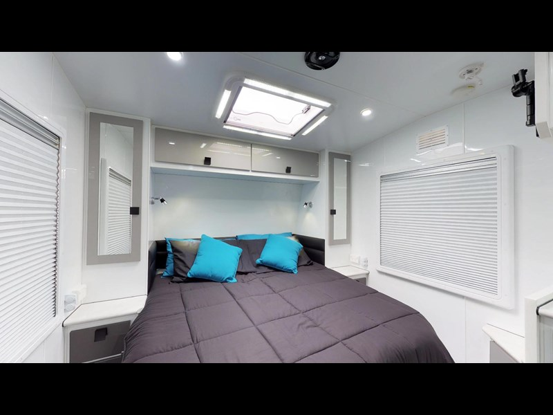 eden caravans sirocco family semi off-road 513748 015