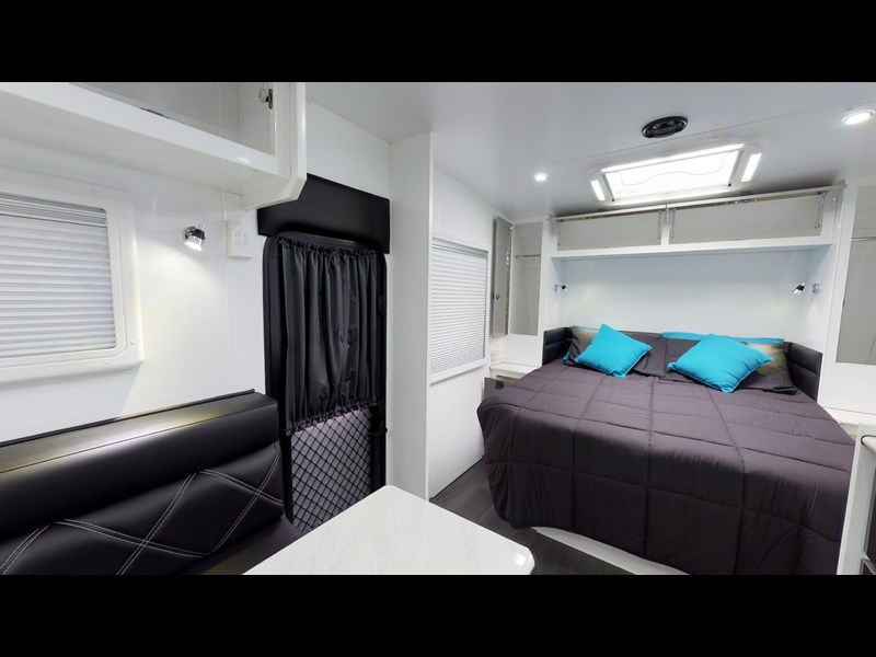 eden caravans sirocco family semi off-road 513748 065