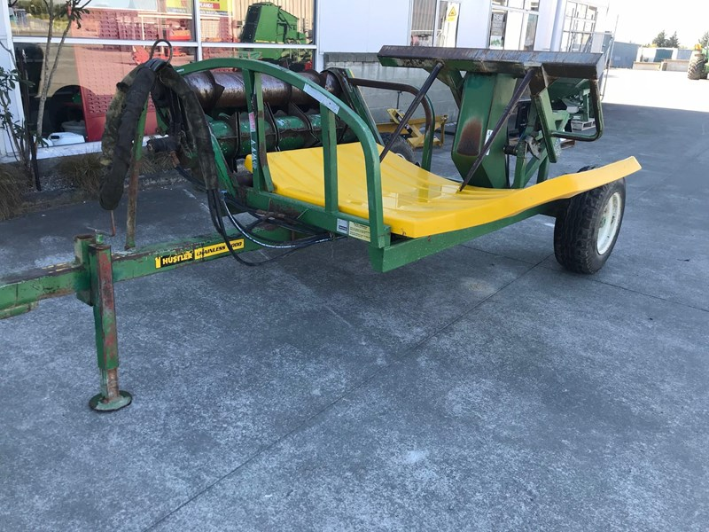 hustler chainless 4000 bale feeder 644840 005