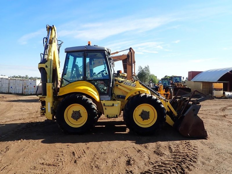 new holland lb115b 645104 011