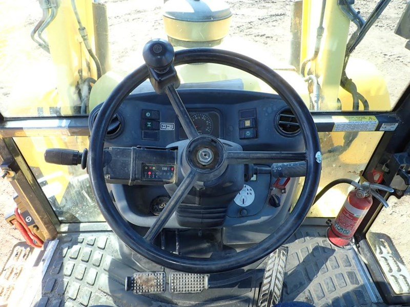 new holland lb115b 645104 031