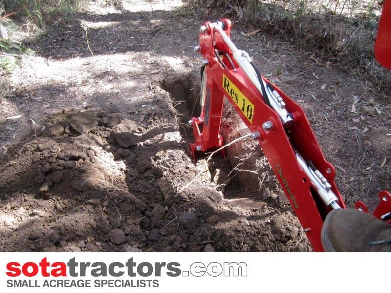 apollo 25hp tractor + 4 in 1 loader + backhoe 646224 045