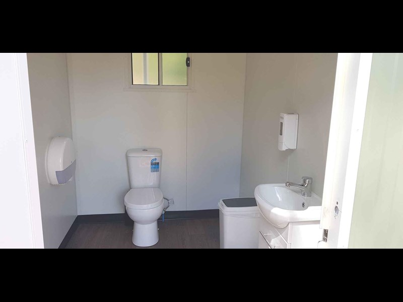 ryebucks portables toilet block 646240 003