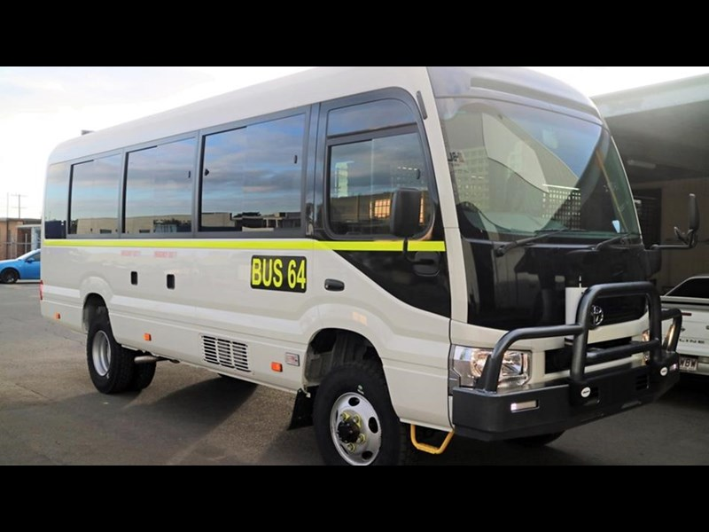 toyota bus 4x4 conversion of 70 series toyota coaster - mine specification 650919 003