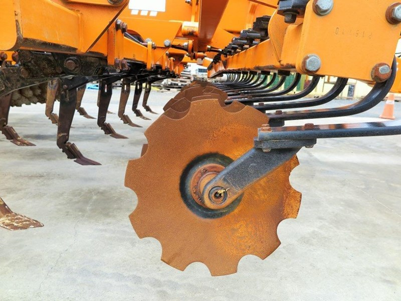 simba sl 500 disc/tyne/disc combination cultivator 651159 023