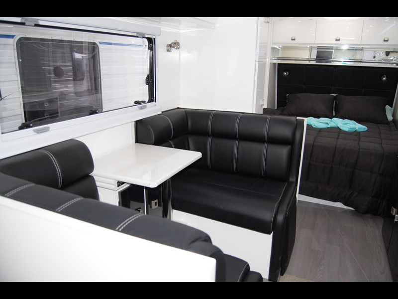 design rv forerunner 21' 6.1 495519 029