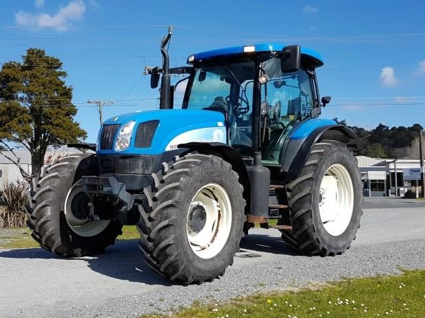 new holland ts125a super steer 651393 009