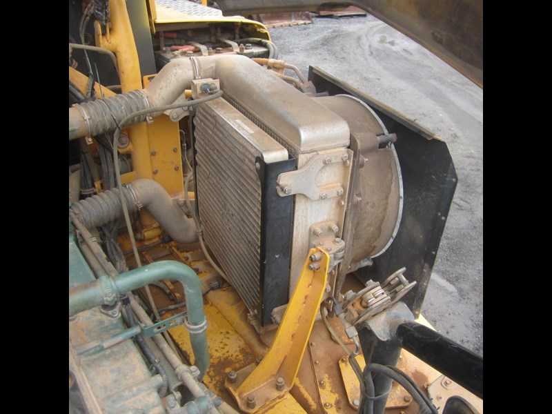 volvo a40d 652780 093