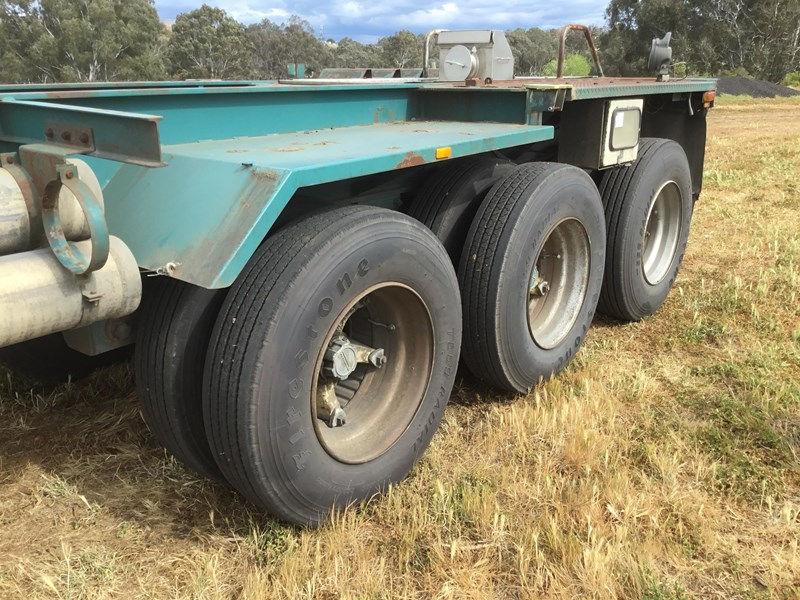 krueger triaxle tipping skel trailer 653818 025