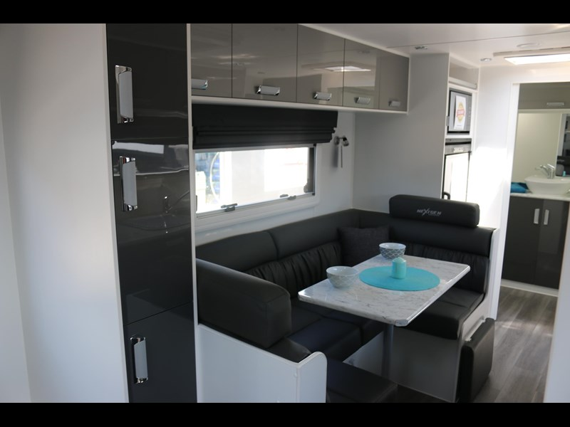 nextgen caravans greyline 21'6 side club 607398 005