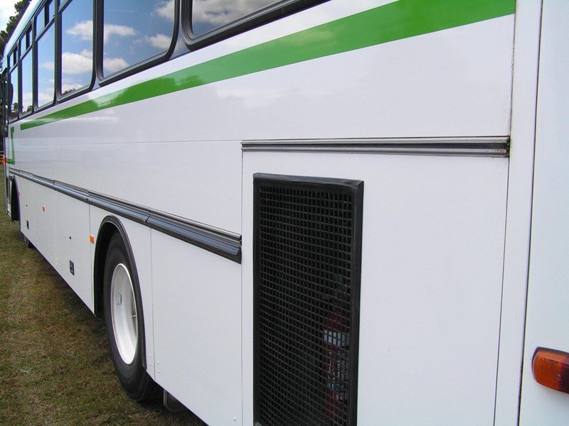 mercedes-benz coach  aluminium body 654961 007