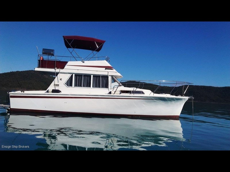 fairway 36 flybridge cruiser 415886 003
