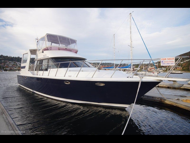 "prima 55 flybridge cruiser ""true blue"" 459627 001"