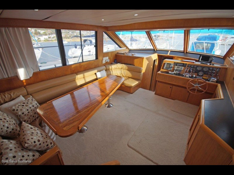 "prima 55 flybridge cruiser ""true blue"" 459627 031"