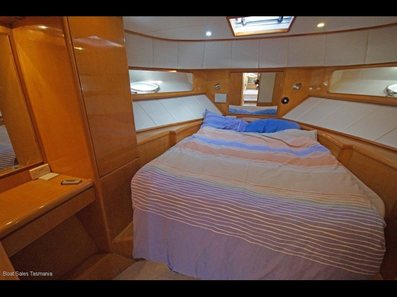 "prima 55 flybridge cruiser ""true blue"" 459627 043"