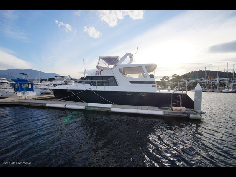 "prima 55 flybridge cruiser ""true blue"" 459627 059"